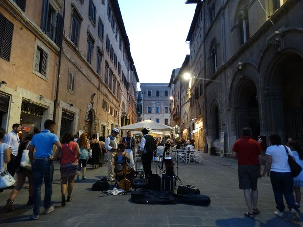 57_Perugia_2015_Rytm_dnia